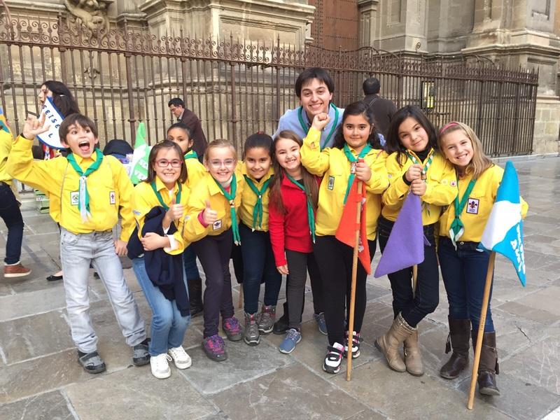 Grupo - Luz de la Paz de Belén Granada 11 - 15-16