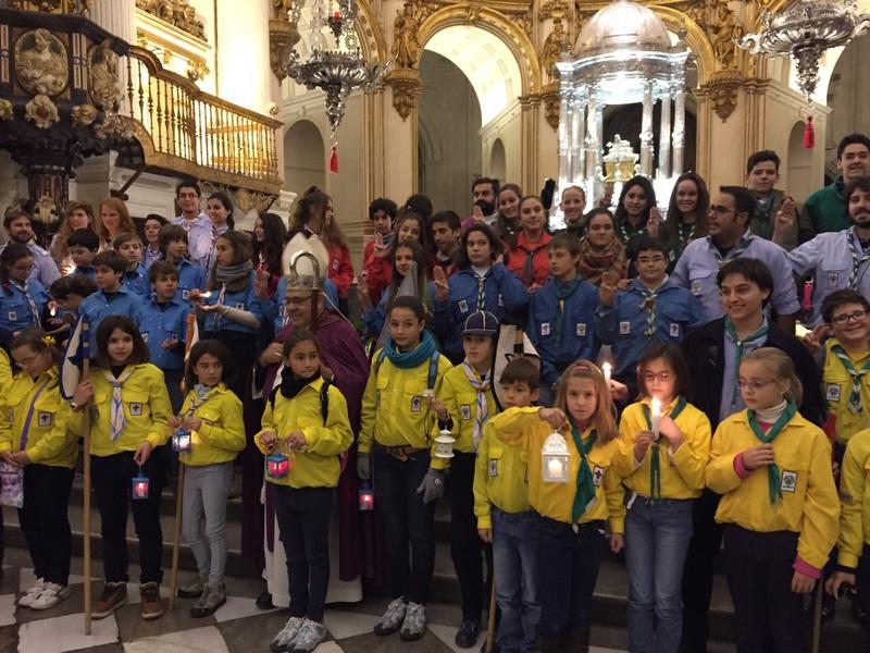 Grupo - Luz de la Paz de Belén Granada 17 - 15-16