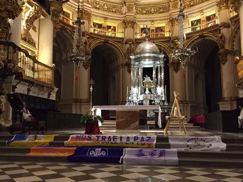 Grupo - Luz de la Paz de Belén Granada 4 - 15-16