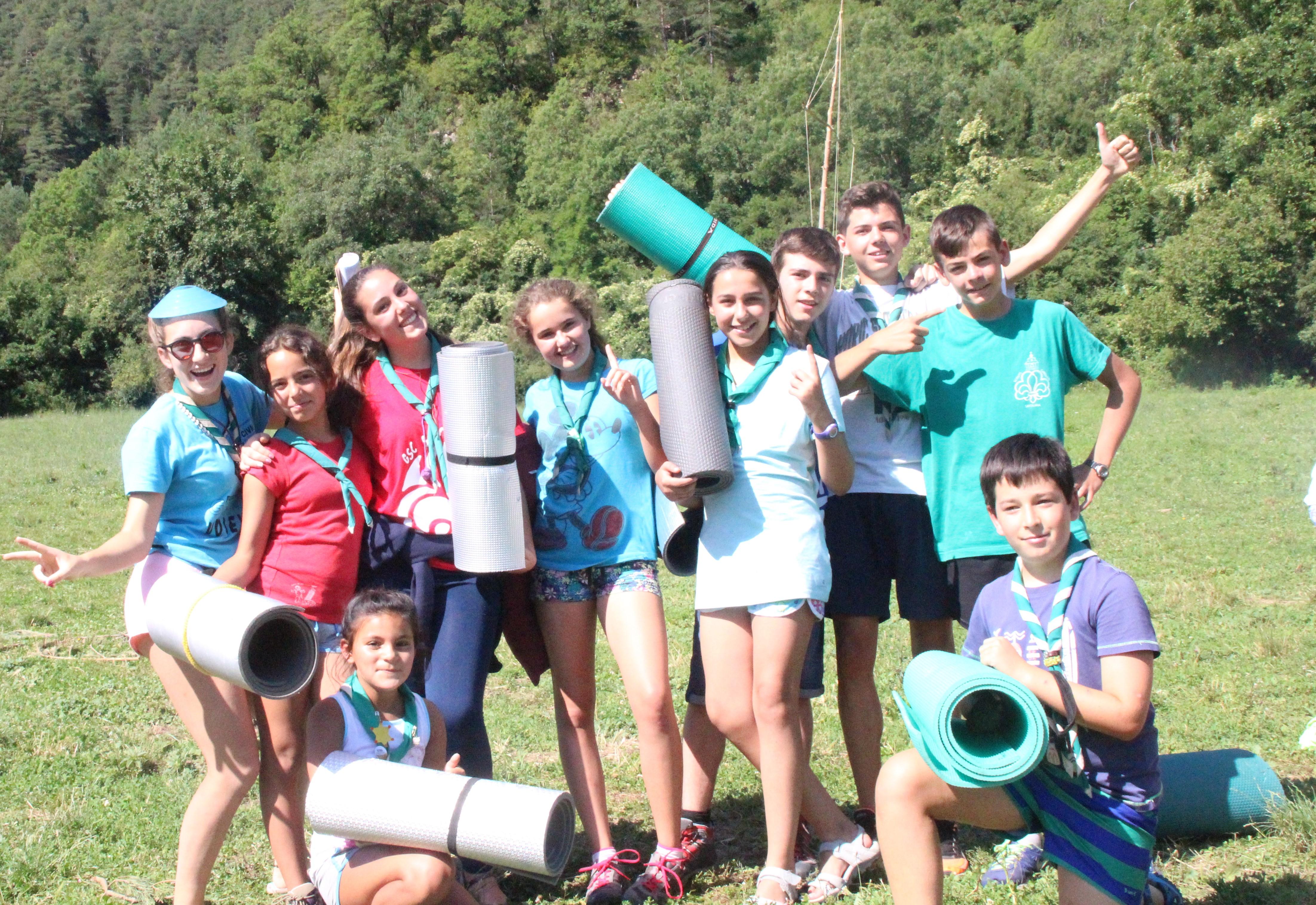 15-16 - Grupo - Campamento de verano - P102