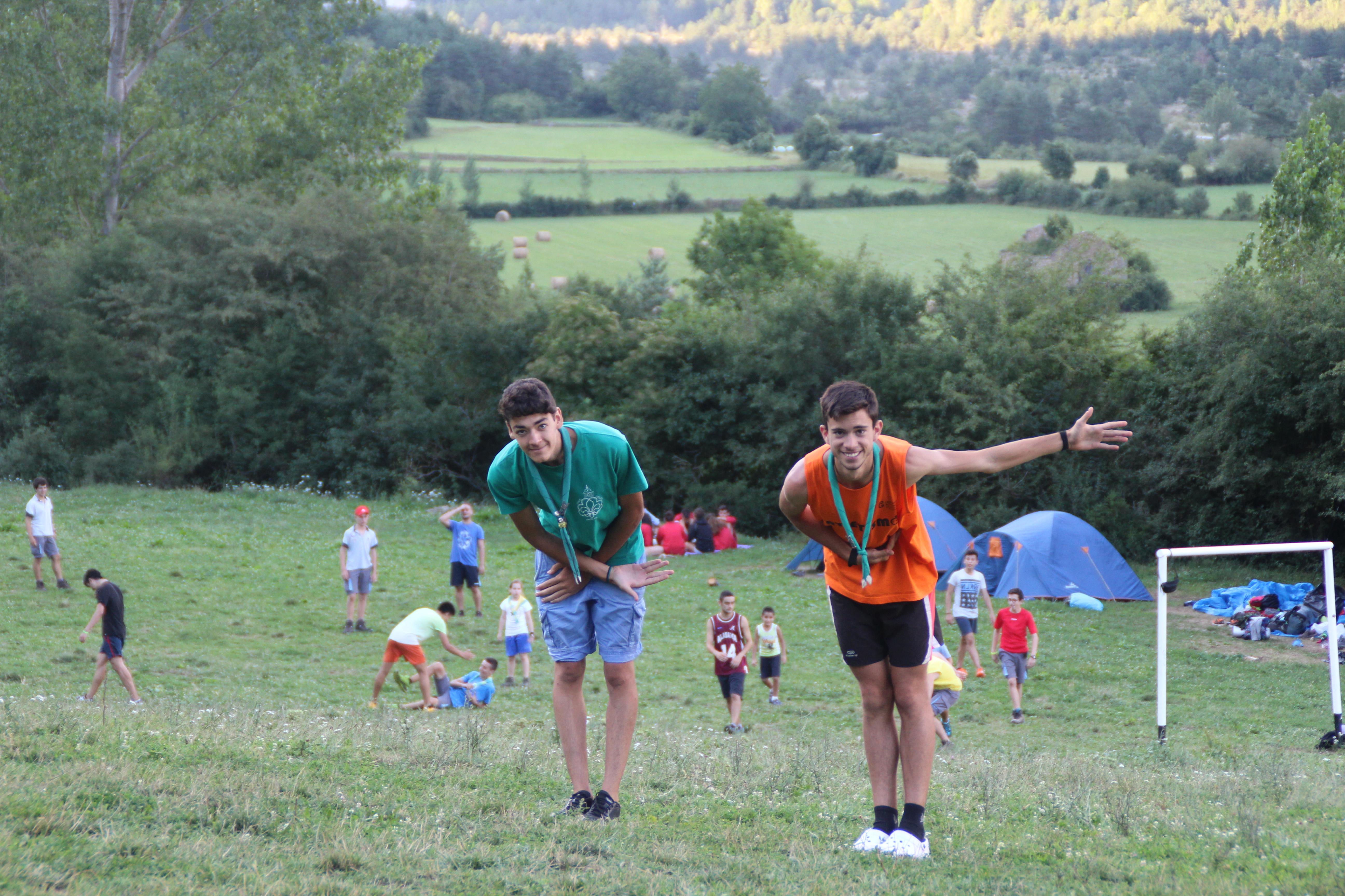 15-16 - Grupo - Campamento de verano - P254