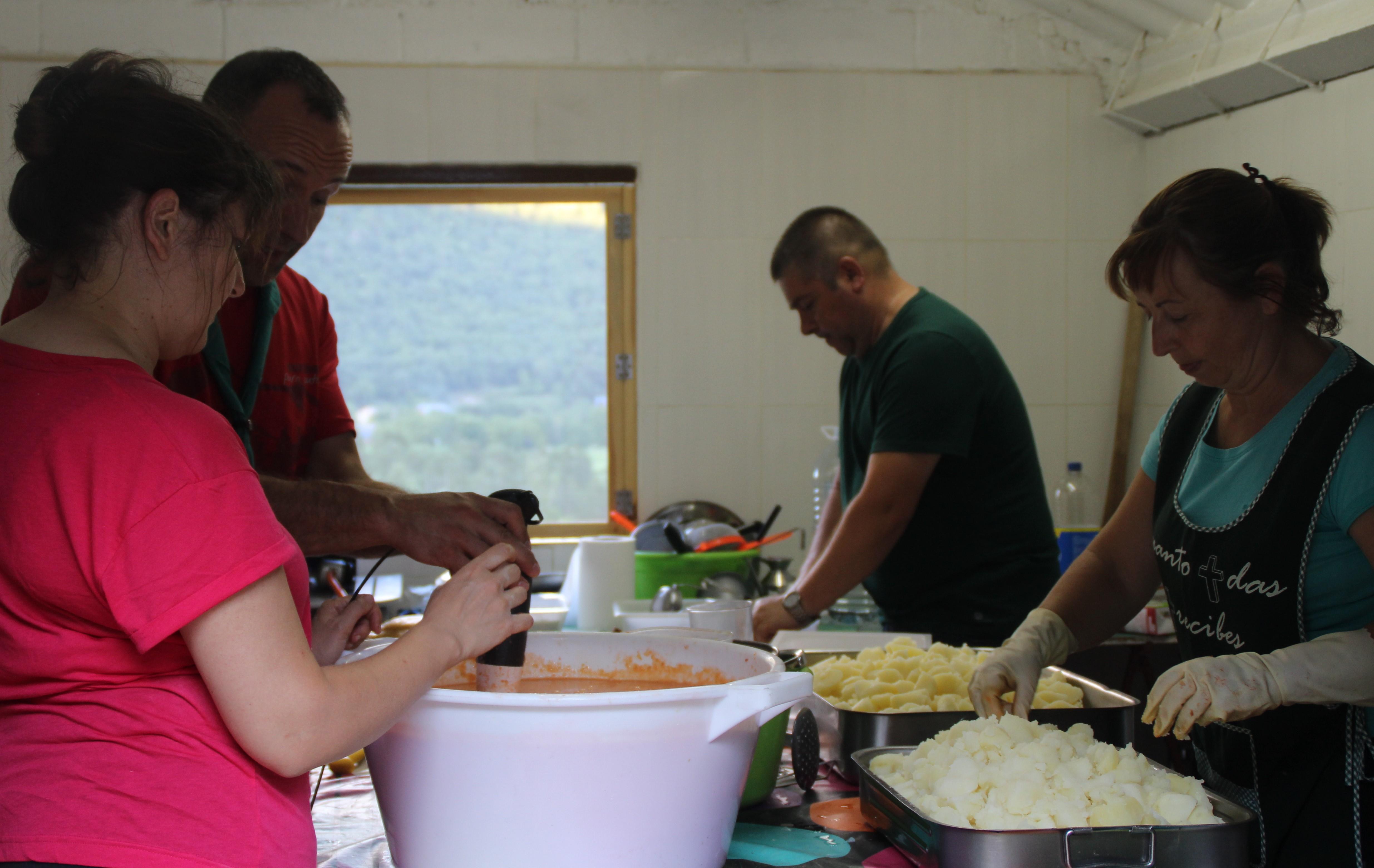 15-16 - Grupo - Campamento de verano - P261