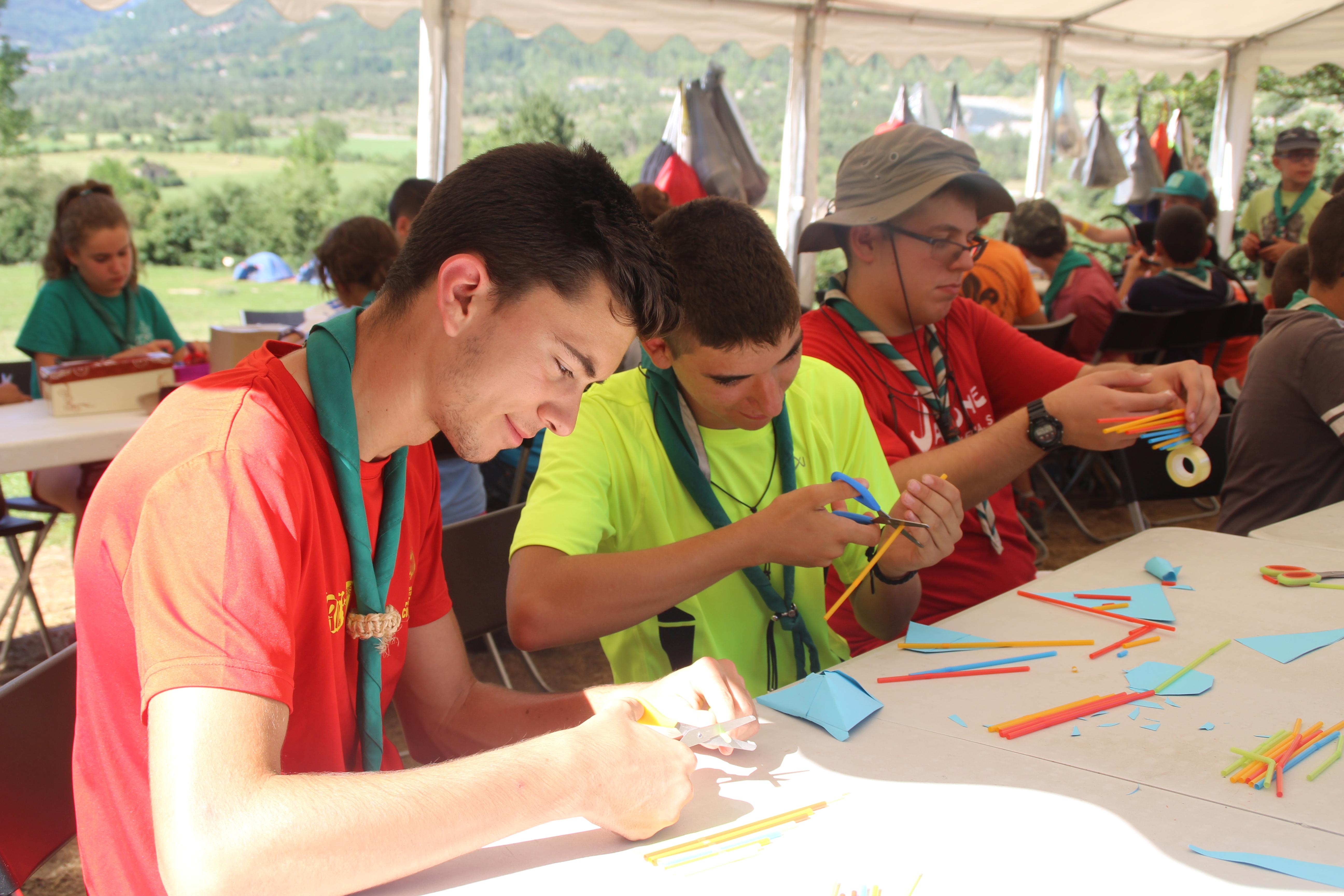 15-16 - Grupo - Campamento de verano - P27
