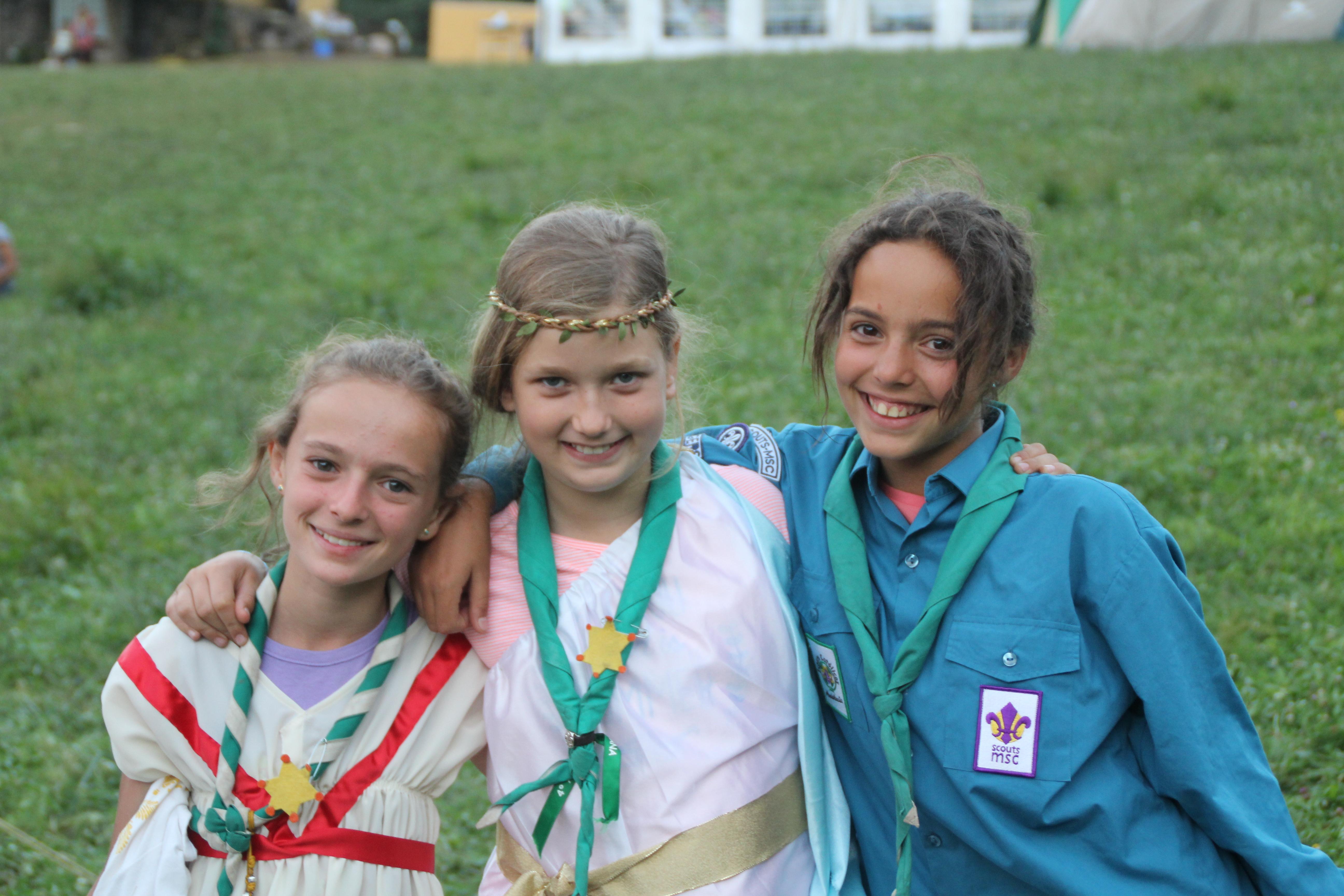 15-16 - Grupo - Campamento de verano - P299