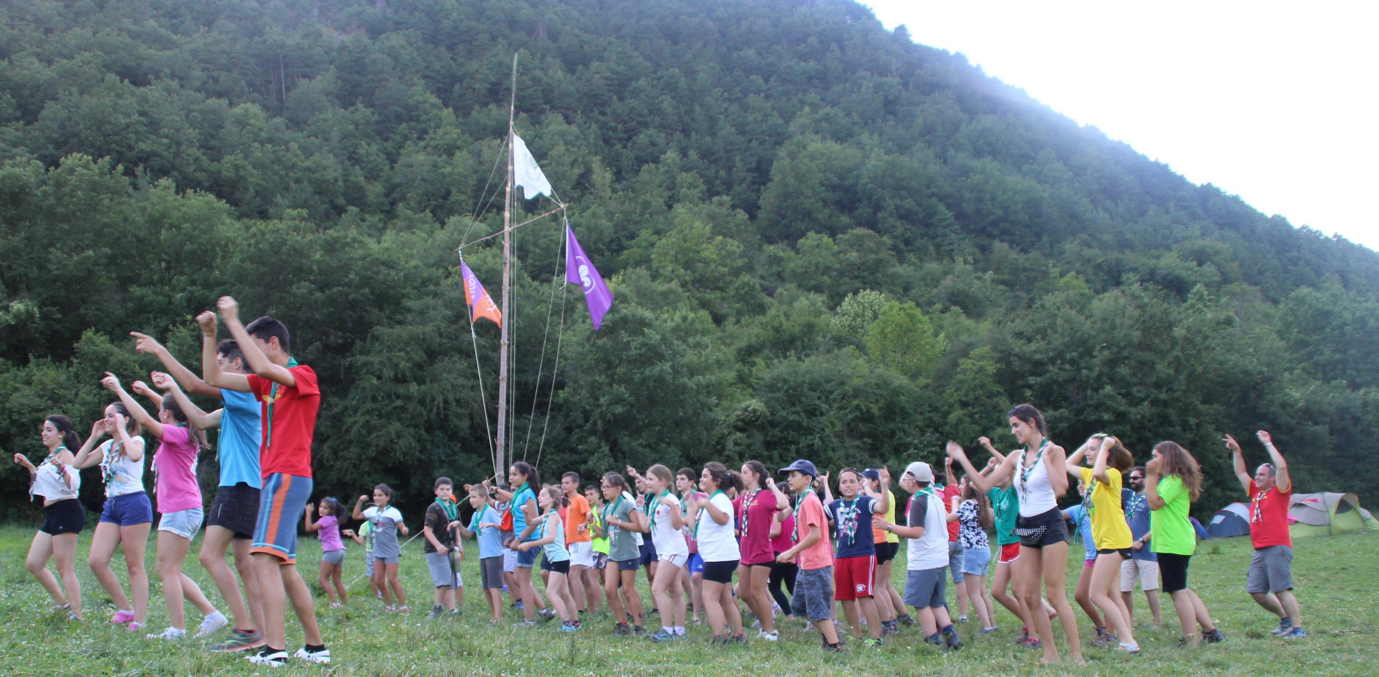 15-16 - Grupo - Campamento de verano - P78
